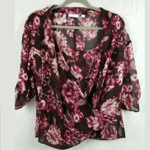 New York And Company Woman's Sheer blouse